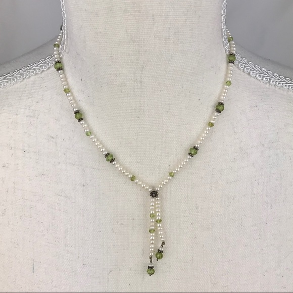 Little girls faux pearl beaded necklace
